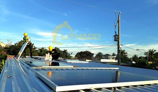 Năng lượng mặt trời 2kWp