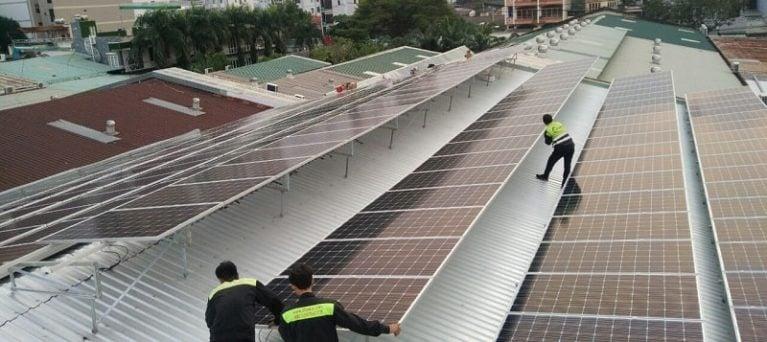 Cung cấp nhân công lắp đặt và O&M cho dự án điện mặt trời