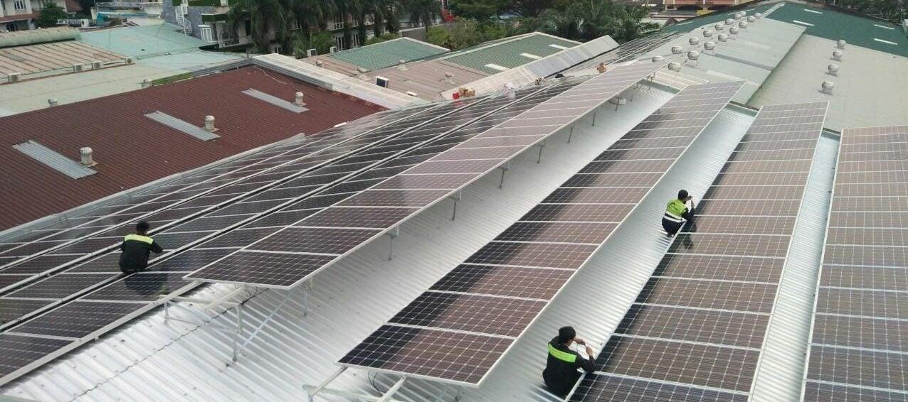 Hệ thống điện mặt trời cho Trường học giải pháp 5 trong 1