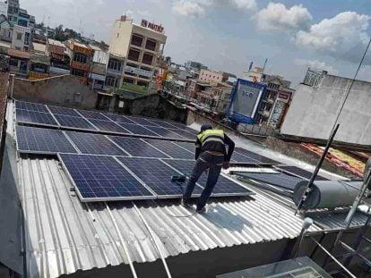 Lắp điện mặt trời cho tiệm vàng để giảm hơn 70% hóa đơn tiền điện
