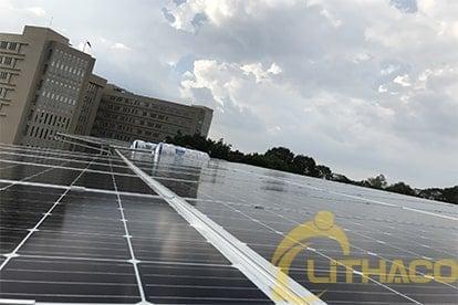 Lắp đặt Lắp điện năng lượng mặt trời nối lưới