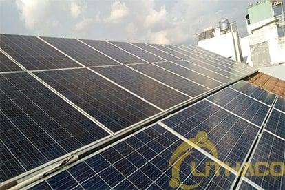 Lắp đặt hệ thốngđiện năng lượng mặt trời nối lưới công suất 4.48 kWp - 3P. tại Bình Thạnh 11