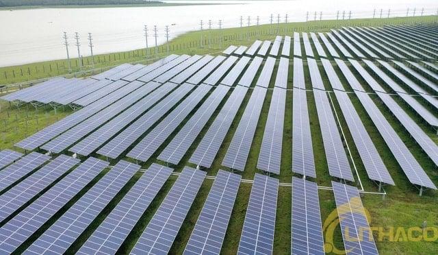 Đầu tư năng lượng tái tạo trở thành làn sóng mới.