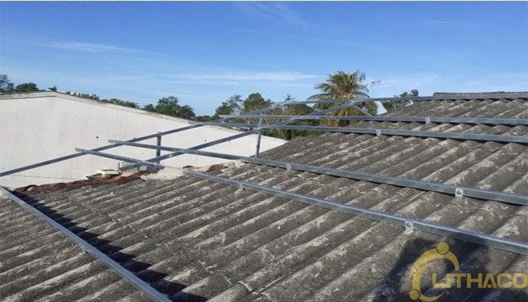 Bài học thành công của điện mặt mái nhà Nhìn từ Nhật Bản