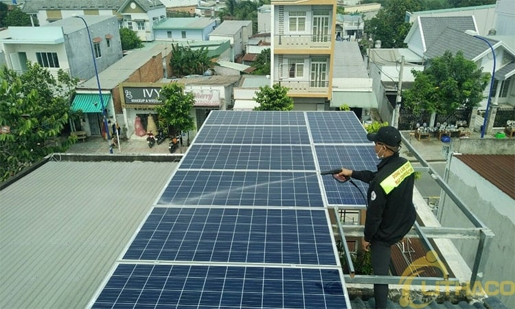 Rooftop solar power: finished tied back off but still bottlenecks.