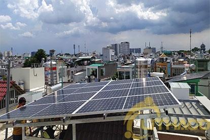 Tên Dự án: Lắp đặt hệ thống điện năng lượng mặt trời nối lưới công suất 3.2 kWp - 1P _QCELLS khách hàng Phạm Công Minh, quận Phú Nhuận