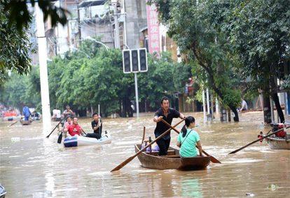 Ngành điện Mặt Trời Trung Quốc tổn thất vì lũ lụt lịch sử