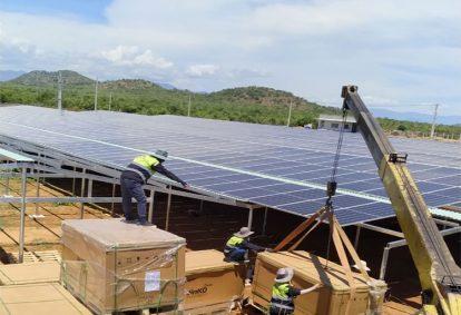 Tên Dự án: Thiết kế, Cung cấp và lắp đặt hệ thống điện năng lượng mặt trời mái nhà công suất 980kW -3 Pha. JINKO. Khách hàng Công ty TNHH Năng Lượng Hải Triều