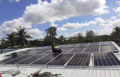 Đầu tư điện mặt trời áp mái 'khó ăn' hơn