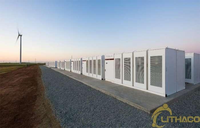 Điểm qua các dự án tích trữ điện mặt trời lớn sử dụng công nghệ Pin Lithium 1