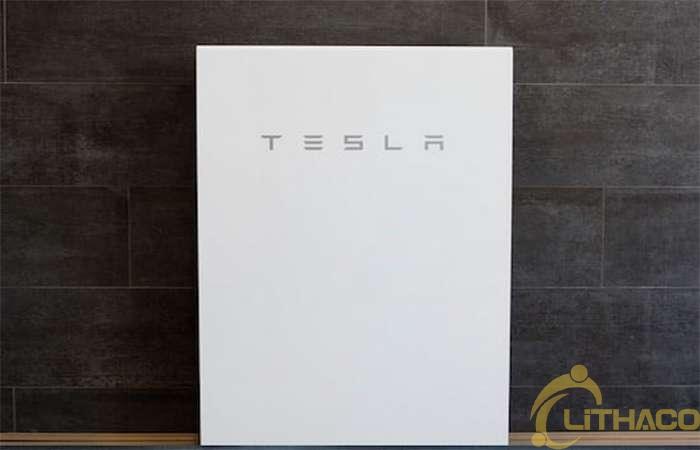 Tesla giảm giá pin lưu trữ năng lượng gia đình 1