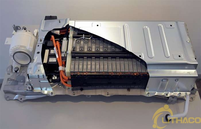 Pin Niken hiđrua kim loại hay pin Lithium-ion: Loại pin hỗn hợp nào tốt hơn?