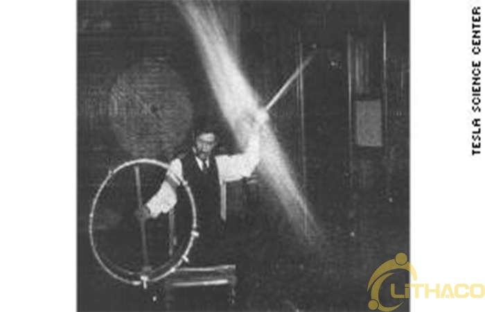Những phát minh của Nikola Tesla lẽ ra đã làm cho nhà phát minh trở nên nổi tiếng, chẳng hạn như 'Teleautomaton', 'Shadowgraph' và có thể là tia tử thần